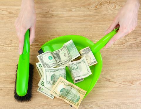 Four Ways to Clean Up Your Finances This Spring